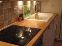 image of the kitchen in Kernyk Cottage self catering accommodation in Perranuthnoe