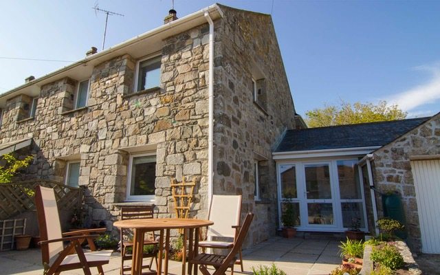 image of Trenow Cottage Self Catering holiday let in Perranuthnoe